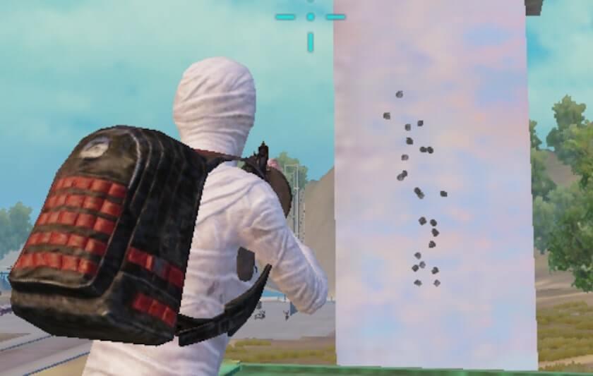 腰だめ撃ちのTommy Gunの画像